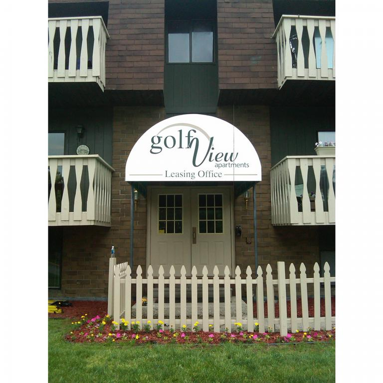 Golfview Apartments: Golfview Apartments - Essexville MI 48732