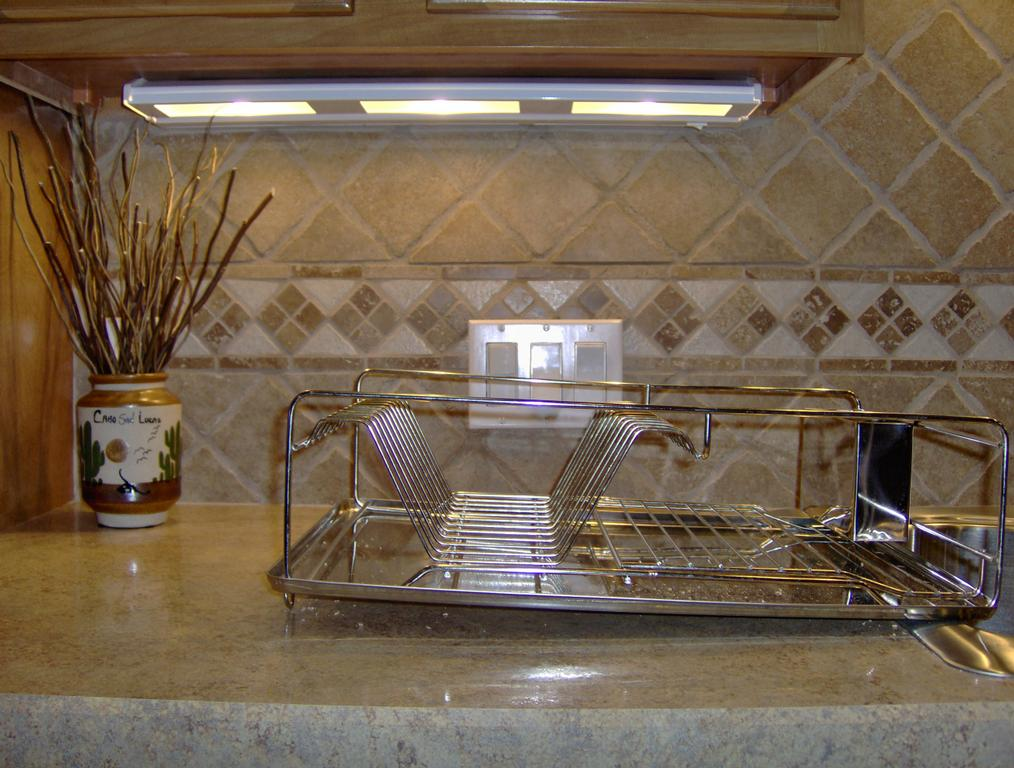 Wilsonart HD Laminate Countertops in Kitchens