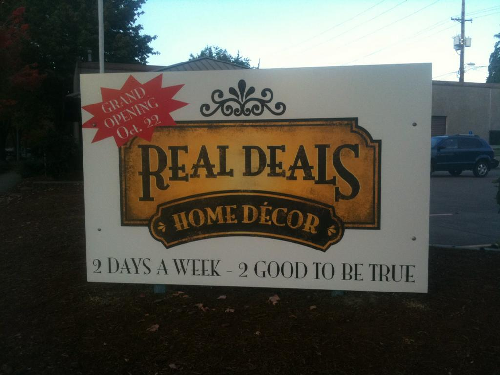 Real deals on home decor salem salem or 97301 503 385 1174 for Real deals on home decor
