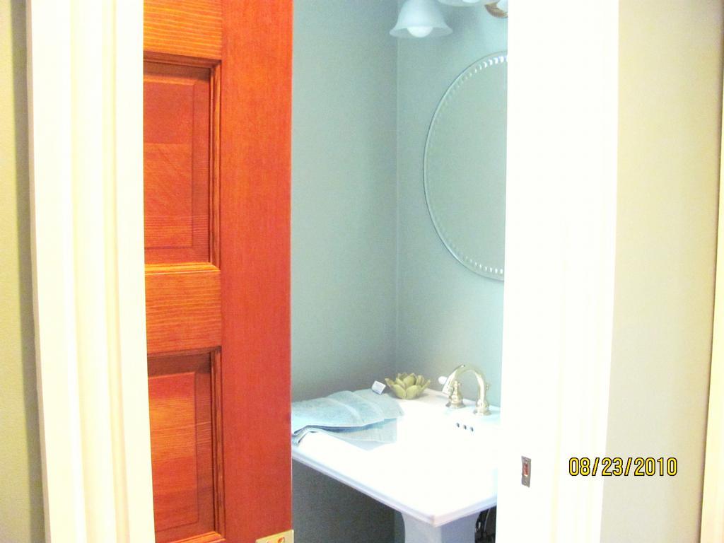 Virginia Beach Norfolk General Contractor Commonwealth Home - Bathroom remodeling norfolk va