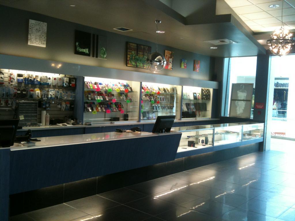 A To Z Wireless Plaza Bonita Mall National City Ca 91950