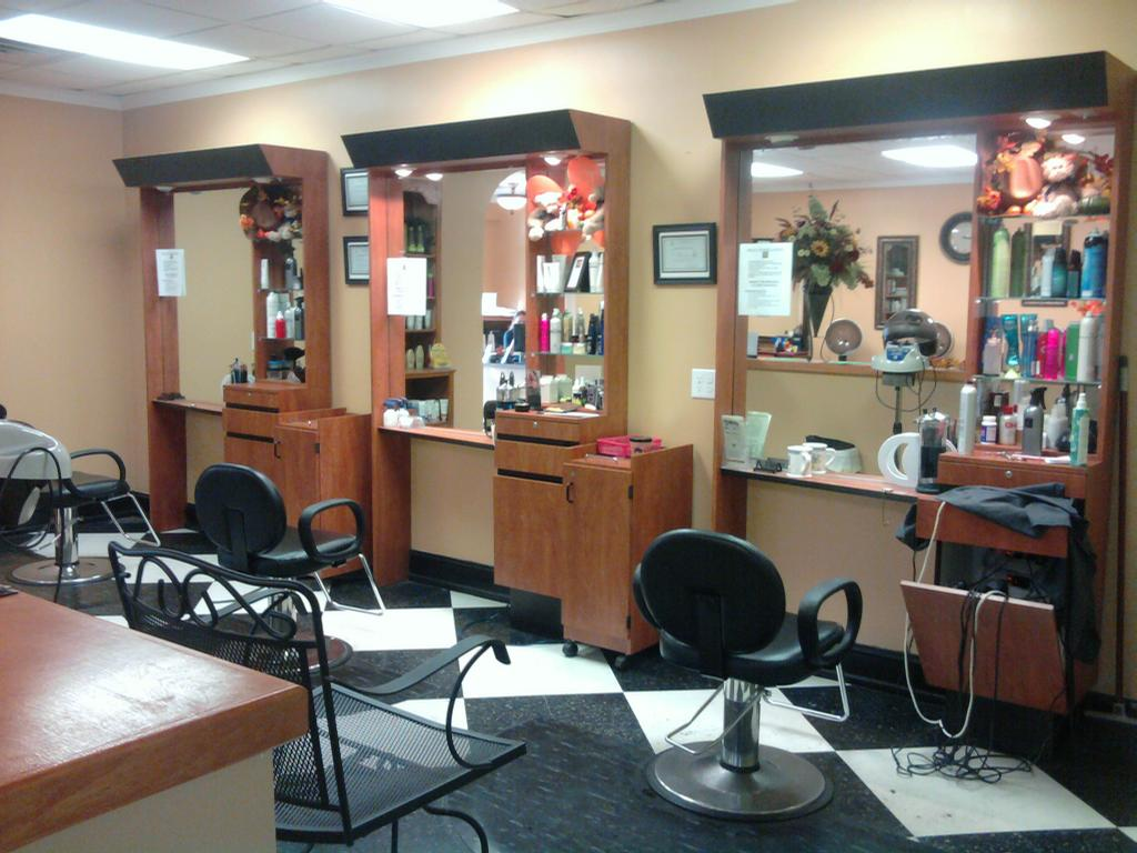 Above beyond hair nail salon jacksonville nc 28546 for Above it all salon