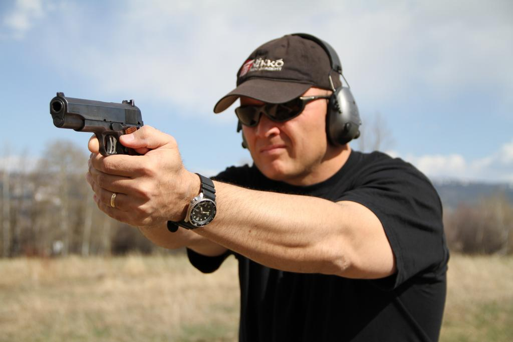 how to get a pistol licence in australia