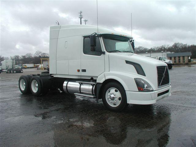 "Pictures for A+ NaviStar, ""Price International Trucks, Inc ..."