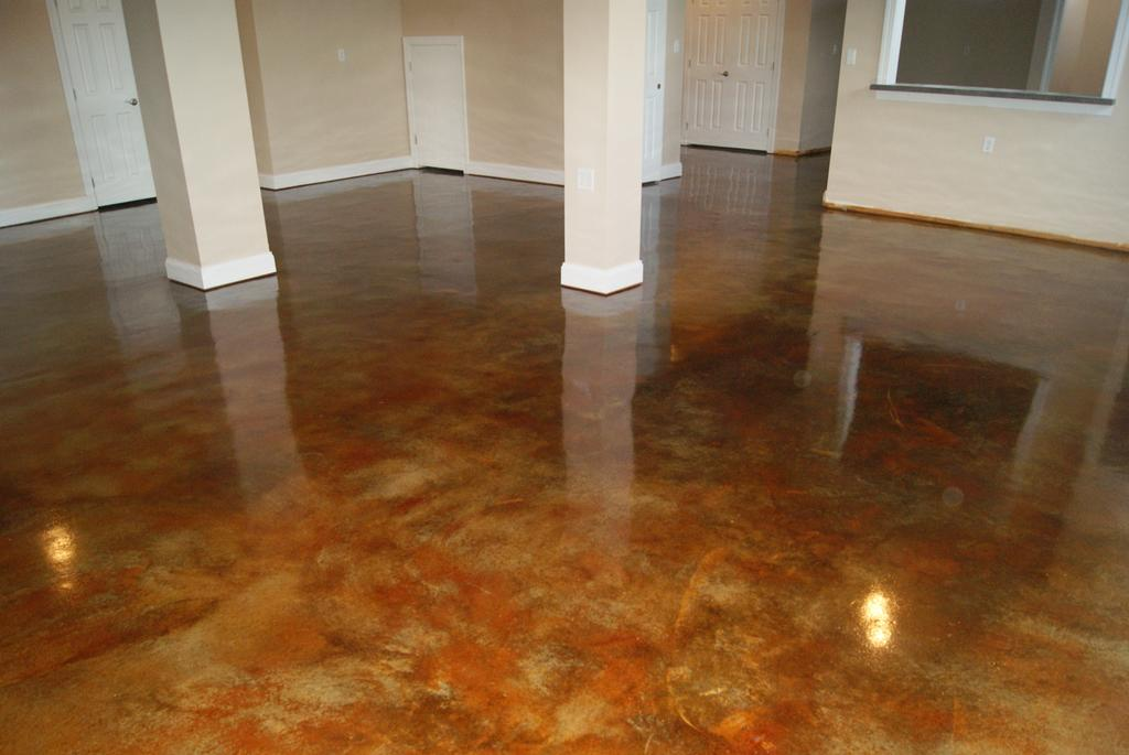 Pictures for shorecrete coatings llc in denton md 21629 for Best way to clean concrete floors before staining