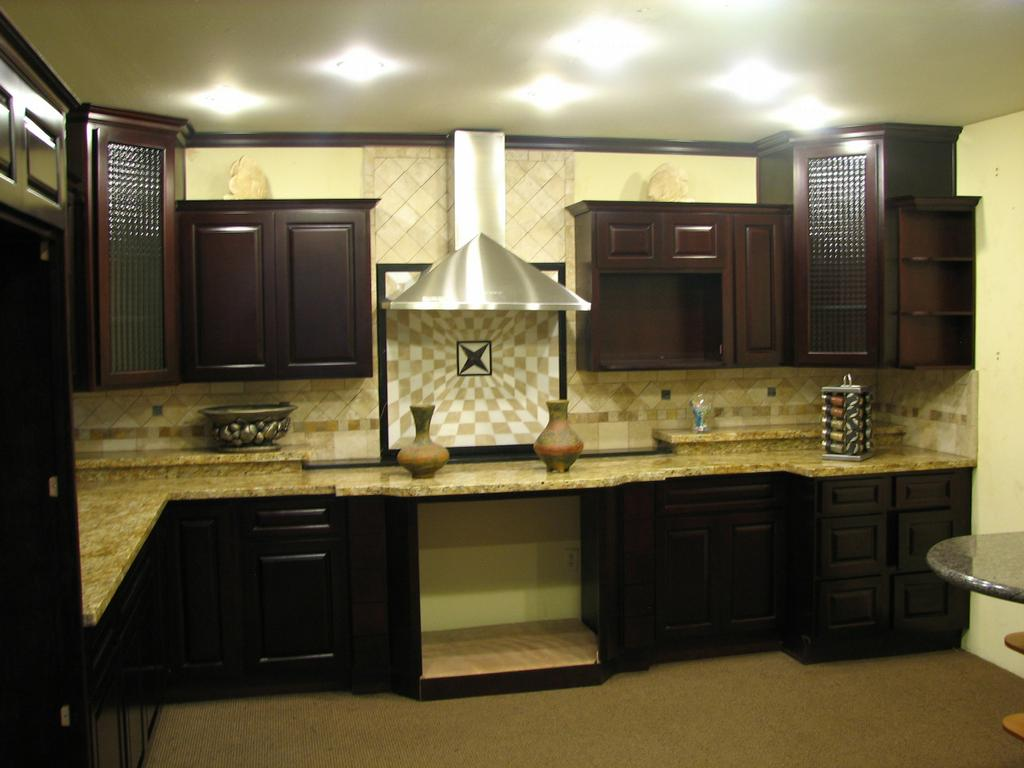Home deco builders wholesale signal hill ca 90755 562 for Kitchen cabinets 90808