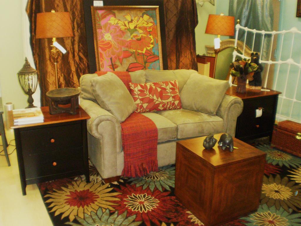 classic home decor consignment   pelham al 35124 205 664