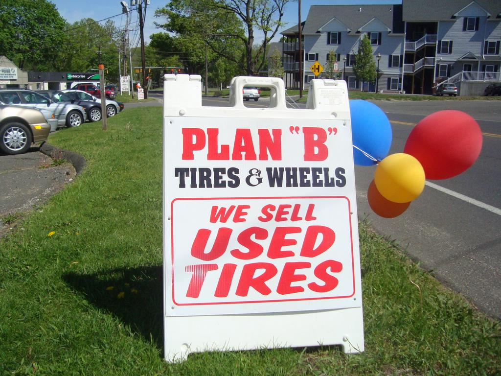 How to Start a Used Tire Shop Business