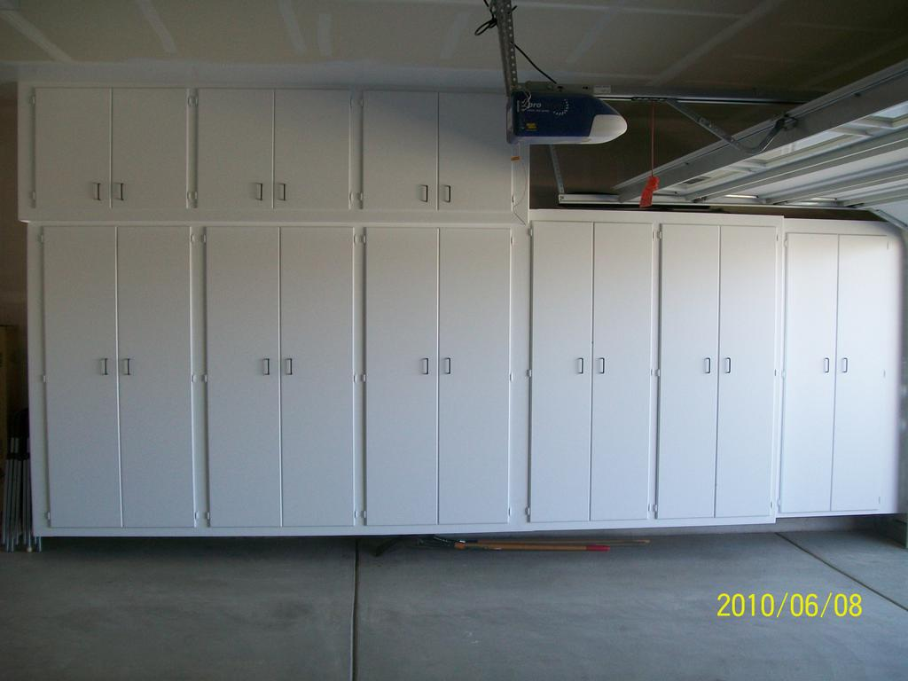 Garage cabinets review garage cabinets for Garage cabinets