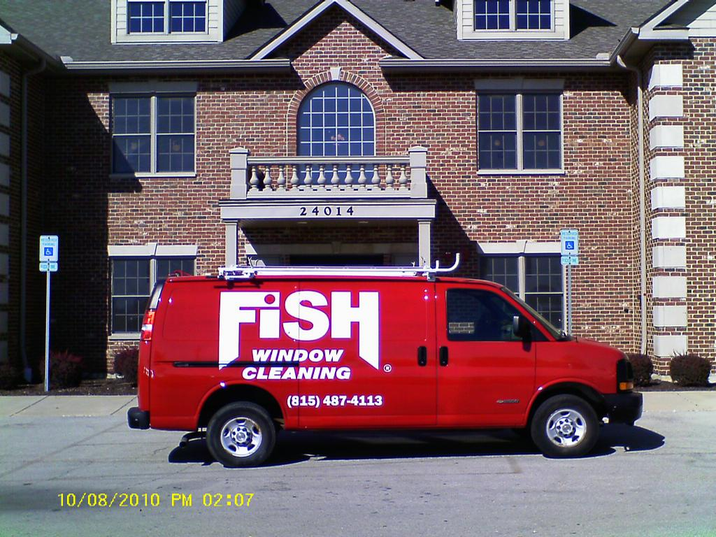 Fish van from fish window cleaning in plainfield il 60544 for Fish window cleaning