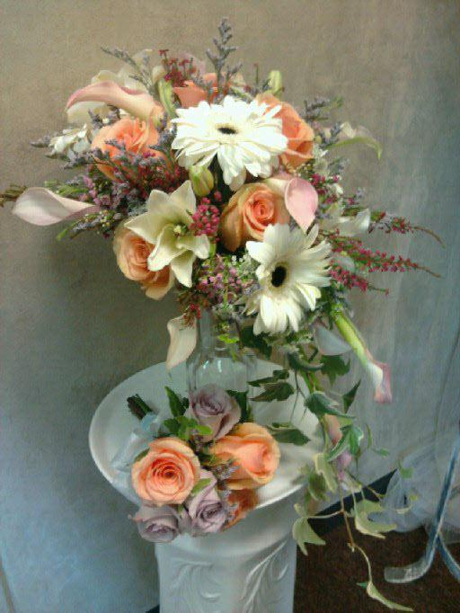 bouquet florist gifts sacramento wedding flowers and gifts sacramento ca 95825 916 877 6444. Black Bedroom Furniture Sets. Home Design Ideas