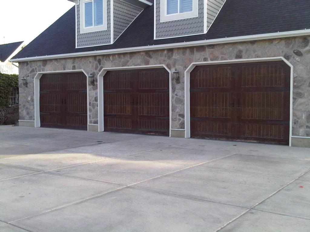 Overhead garage doors salt lake city from garage door utah for Garage doors