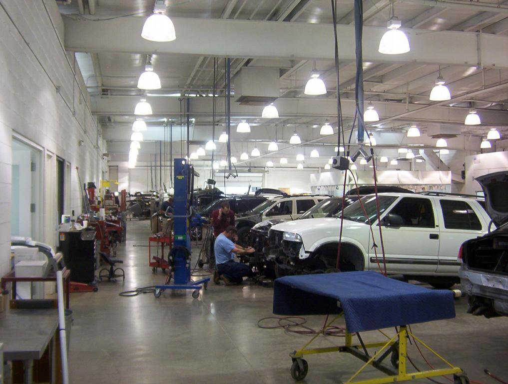 Williams Auto Body And Paint Collision Center
