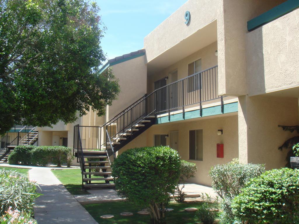 River Park Apartments Yuma Az 85364 928 344 0630 Apartments