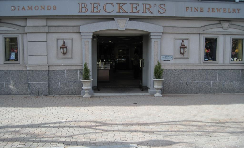Beckers diamonds fine jewelry west hartford ct 06107 for Jewelry stores in hartford ct