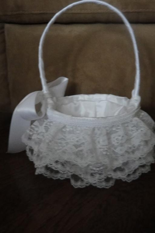 Flower Girl Gift Baskets : White lace flower girl basket from claudia s beautiful