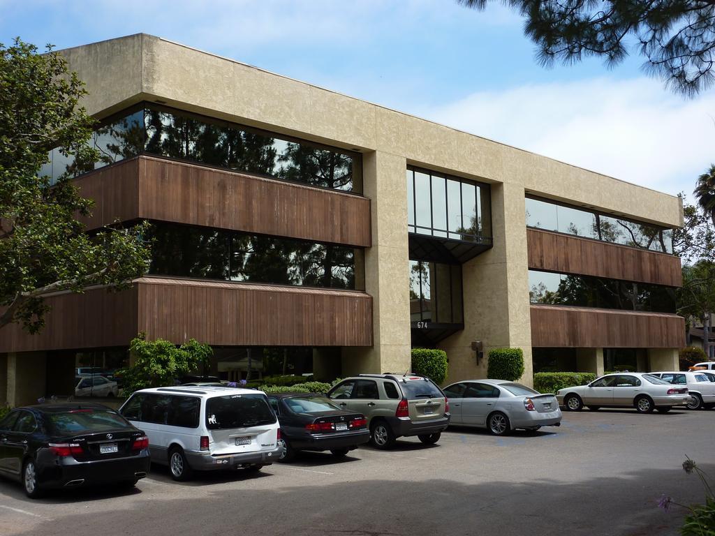 Robert I Long Attorney - Ventura CA 93003 | 805-642-0055