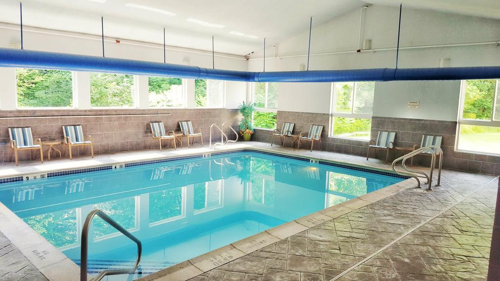 Best western plus new england inn suites berlin ct - Indoor swimming pool berlin ...