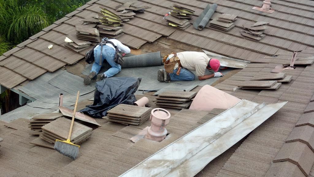 Roofing Company Company Bath