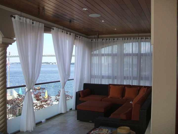 Pictures for alluring window nyc window treatments in for Hamptons style window treatments