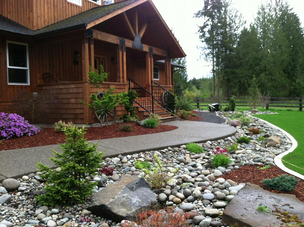 beautiful home and gardens river rock landscaping ideas