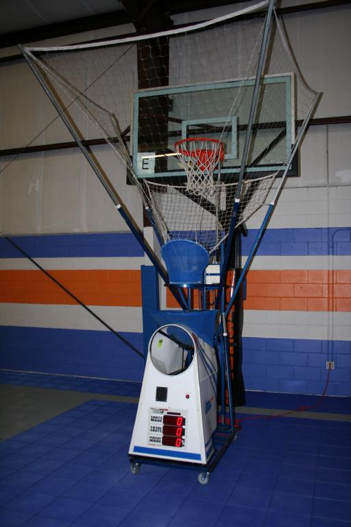 shooting basketball machine