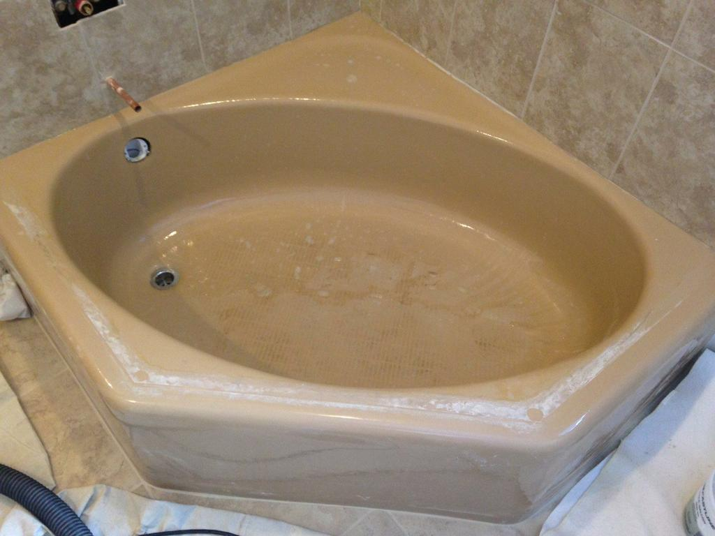 BEFORE - DATED NEO ANGLE TUB from Miracle Method in Villa Park, IL 60181
