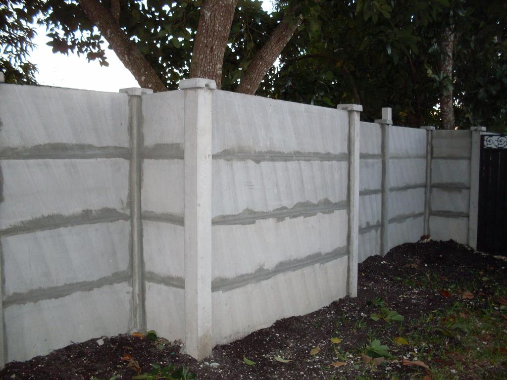 Precast concrete fences and or walls from better homes and for Precast concrete homes florida