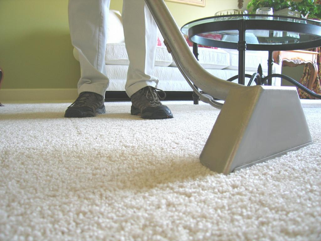 Three Carpet Cleaning Tips - How To Remove Carpet Odor, Avoid