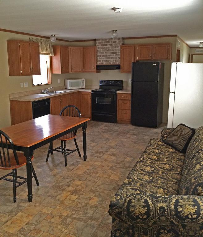 Tioga rv trailer park tioga nd 58852 701 641 6244 for 2 kitchen homes for rent