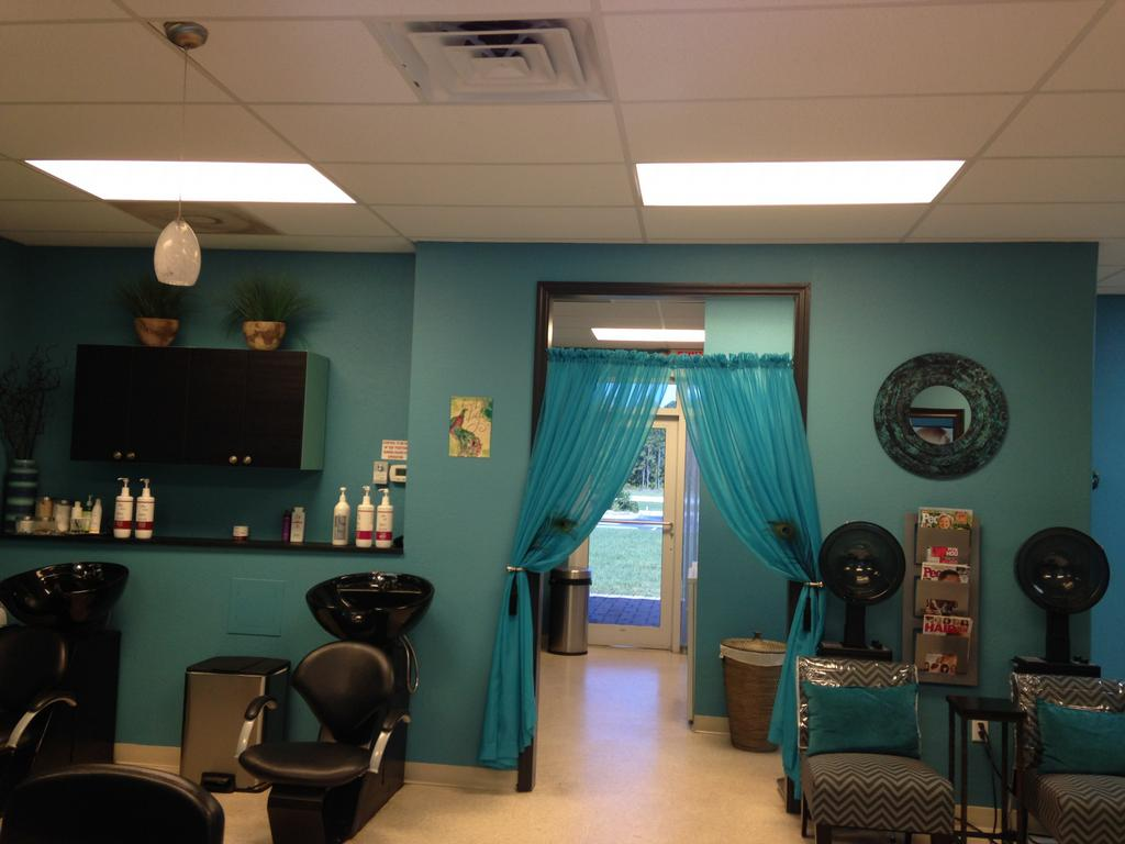 Carlie 39 s cutting edge salon north port fl 34288 941 for A cutting edge salon