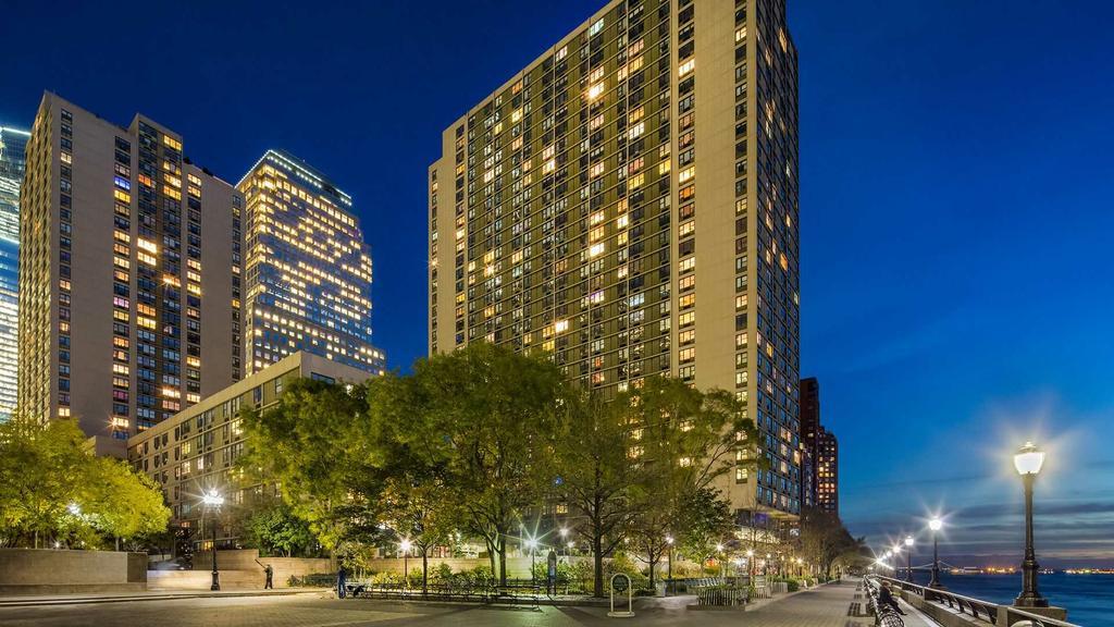 Gateway Battery Park City Apartments