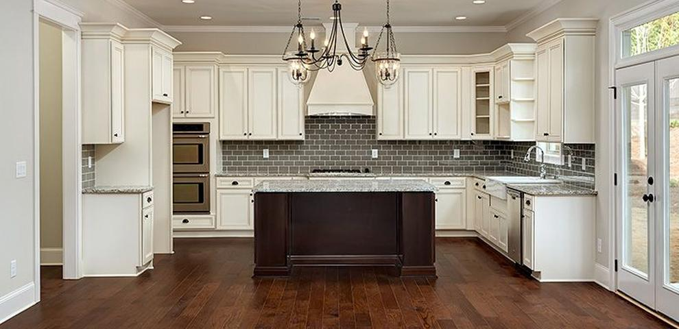 Handsome cabinets elk grove village il 60007 847 434 5777 for Kitchen cabinets 60007