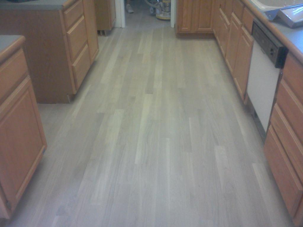 how to tell if hardwood floor is waxed or polyurethane