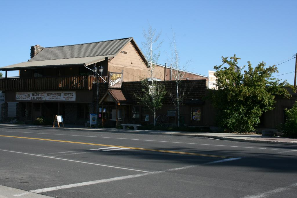 Golden West Restaurant Loyalton Ca