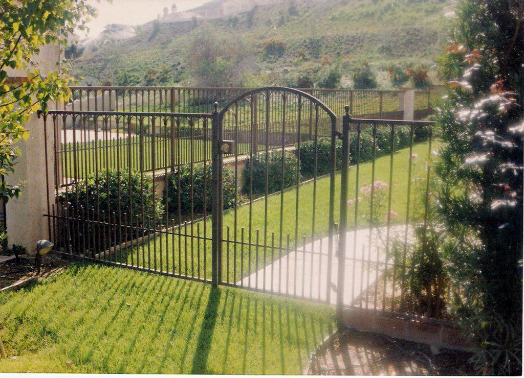 Rauls Ornamental Iron Works Inc Walnut Ca 91789 909