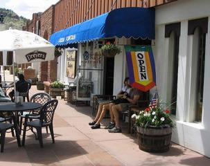 Lyons Soda Fountain & Bakery - Longmont, CO