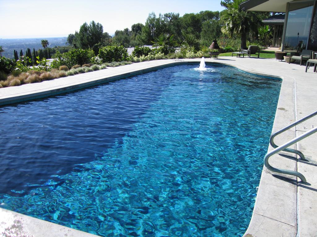 30 Creative Swimming Pools Los Angeles