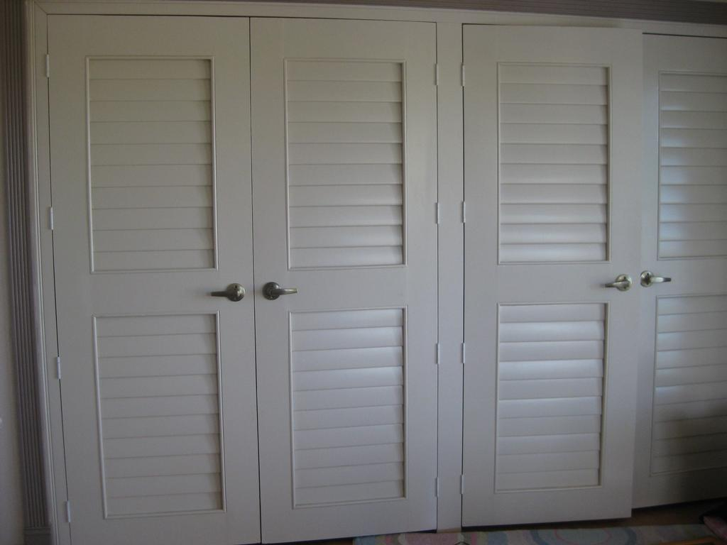 Closet doors6817 from wholesale shutter company inc in beaumont ca 92223 - Plantation louvered closet doors ...