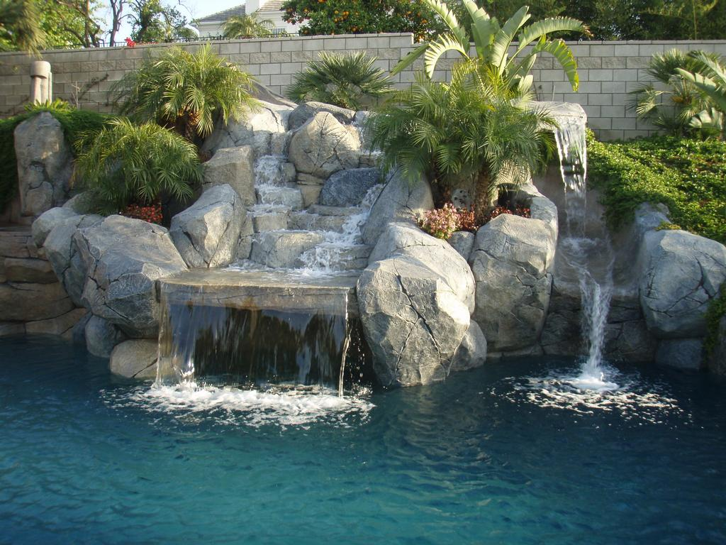 Pictures Of Beautiful Backyard Pools : Beautiful Backyard Pools Creating beautiful backyard