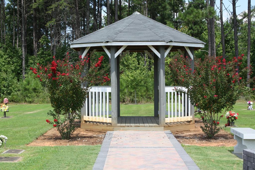 Broadlawn Memorial Gardens Buford Ga 30518 770 945 7651