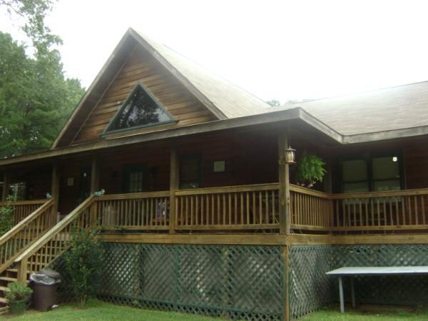 Lake fairchild log home pine mountain ga 31822 170 624 for Right angle house