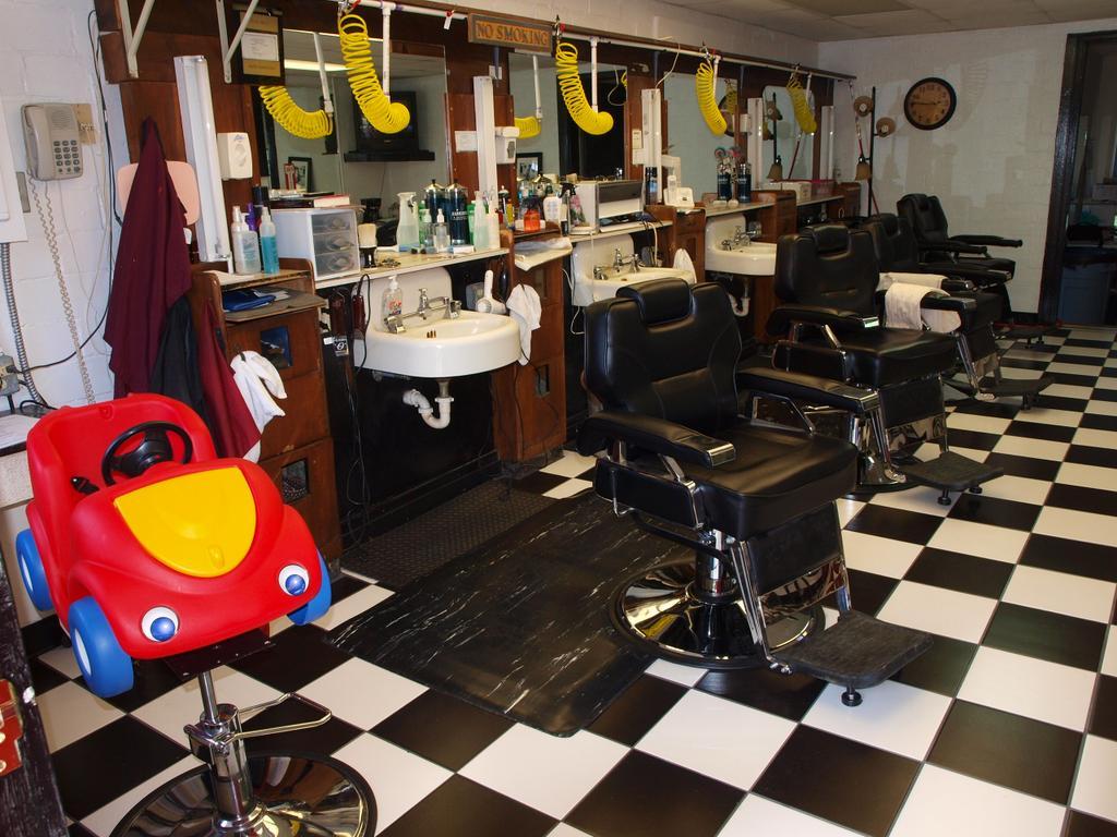 Barber Shop On Main : ... Barber Shop