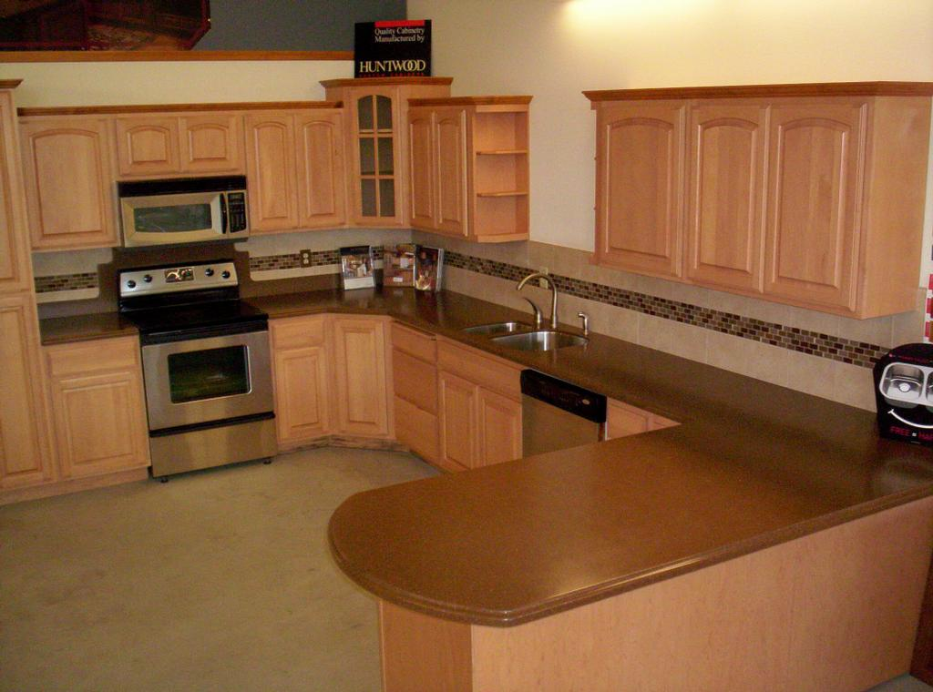 Kitchen Countertop Stores : ... the entire photo gallery for Knights Kitchens & Baths Countertop Store