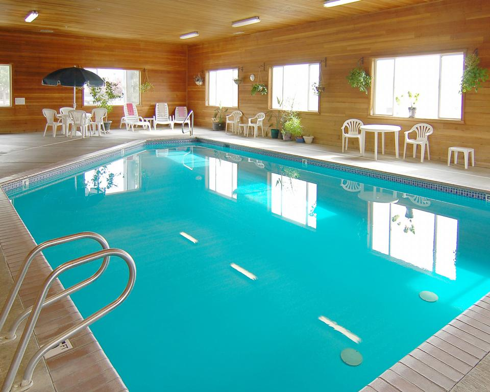 Cheap Motels With Pool Near Me