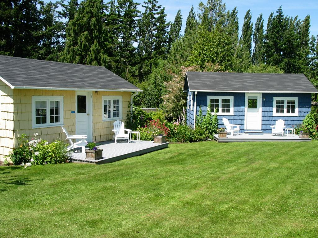 Chevy chase beach cabins port townsend wa 98368 360 for Chevy chase beach cabins