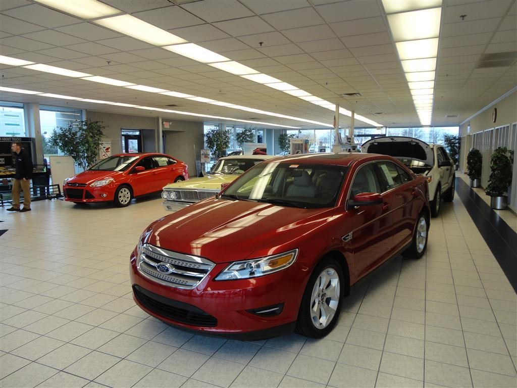 Mike Raisor Ford >> Pictures For Mike Raisor Ford In Lafayette In 47905 Ford Dealers
