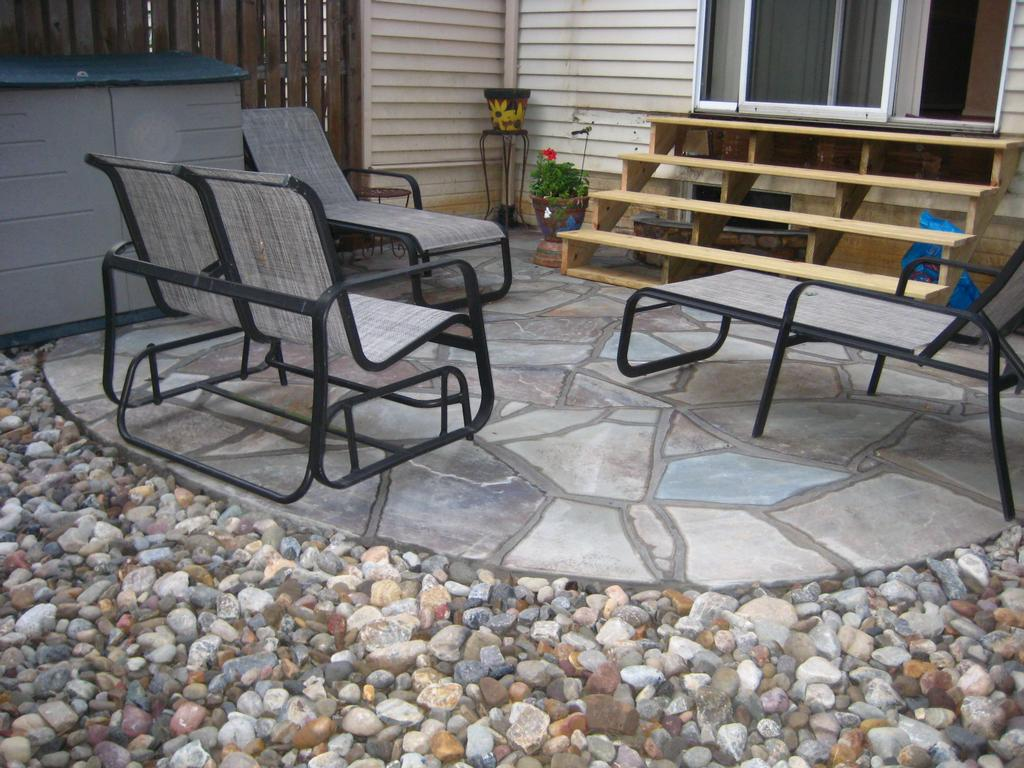Flagstone And River Rock From Maxsell Lawn Amp Landscaping