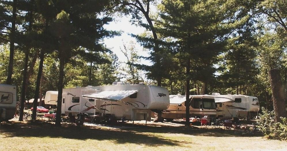 Full hookup campgrounds in southeast michigan