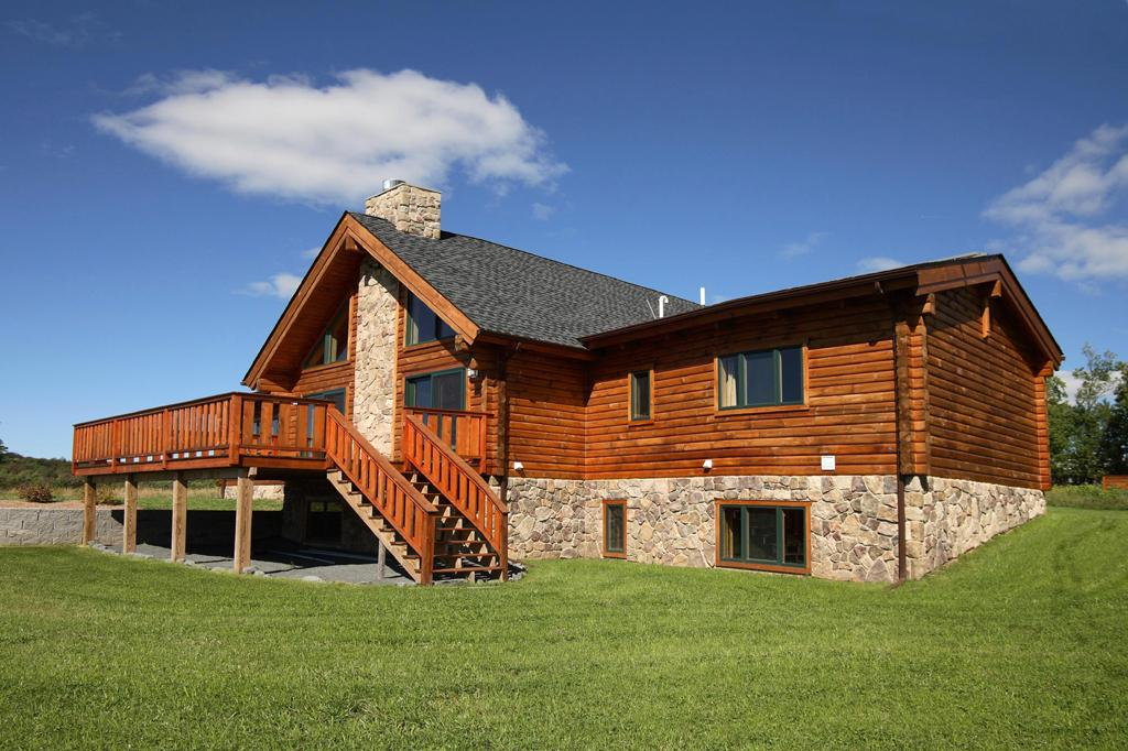 Alta log homes halcottsville ny 12438 800 926 2582 for Leed cabins